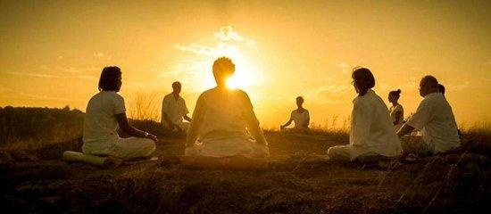 meditation_pleine_conscience_angers_claire_leger_exterieur